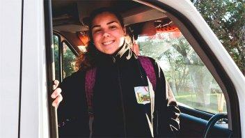 El Becario asegura traslado de estudiantes durante la recuperación de saberes