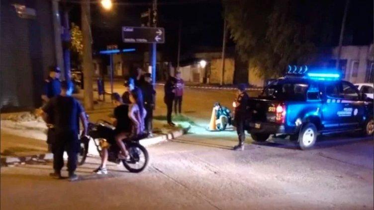 Acribillan a tiros a pareja y a su beba de 18 meses: Los atacaron desde un auto