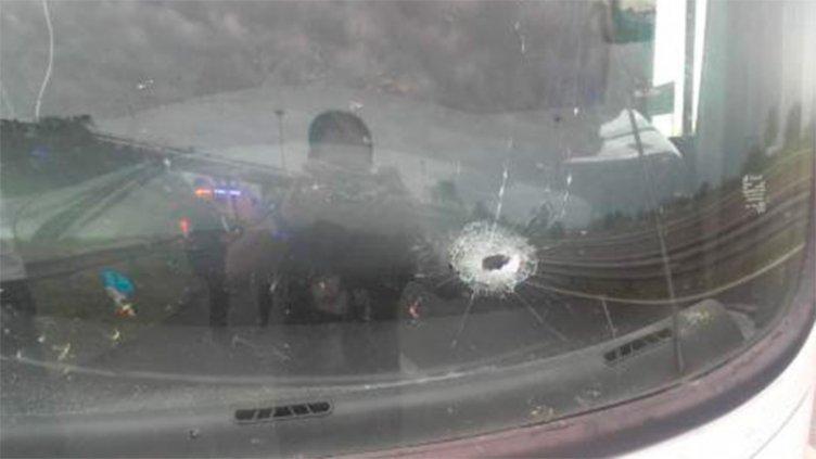 Atacaron a disparos a dos colectivos en Ruta 168: Hirieron a dos personas