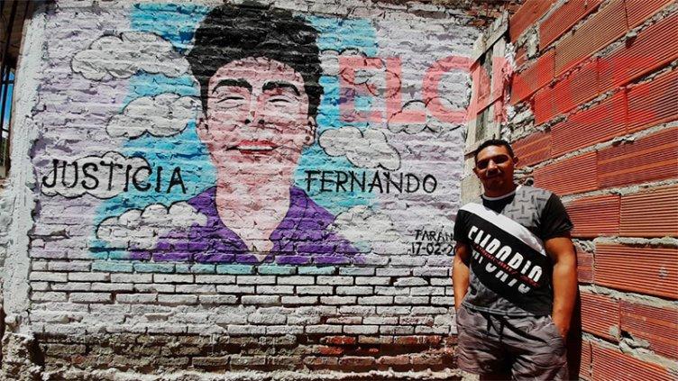 Crimen de Fernando: Artista plasmó el pedido de Justicia en un mural