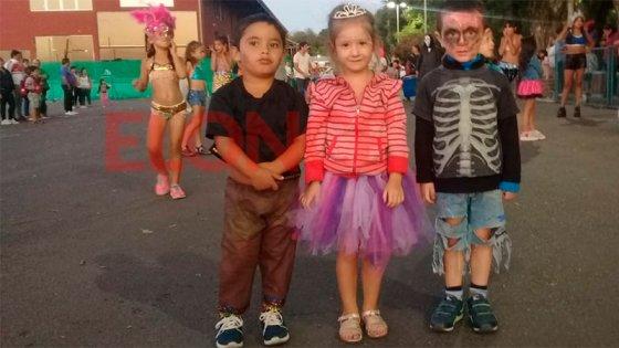 Así se vive el carnaval infantil en Paraná:comparsas despliegan su ritmo y color
