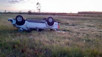 Camioneta despistó y volcó en la ruta: Una mujer resultó herida