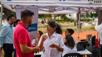 Defensa al Consumidor brindó asesoramiento en la Peatonal de Paraná
