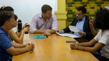 El Municipio firmó un convenio fortalecer el trabajo de las huertas comunitarias