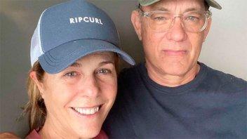Coronavirus: Tom Hanks y Rita Wilson recibieron el alta, pero siguen aislados