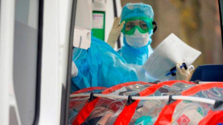 Por qué los hombres mueren más por coronavirus que las mujeres