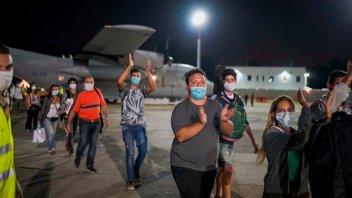 Llegaron a la Argentina los 140 argentinos que estaban varados en Perú