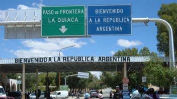 Argentina cierra todas sus fronteras desde la medianoche