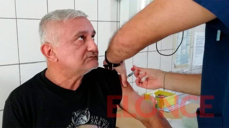 Faltante de vacunas en farmacias adheridas a PAMI: Cuándo llegarían nuevas dosis
