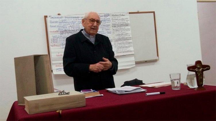 Falleció un ex párroco de la Catedral de Paraná, el presbítero Viviani