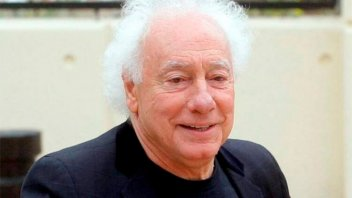 Guillermo Coppola contó que dos reconocidos cantantes durmieron en su cama