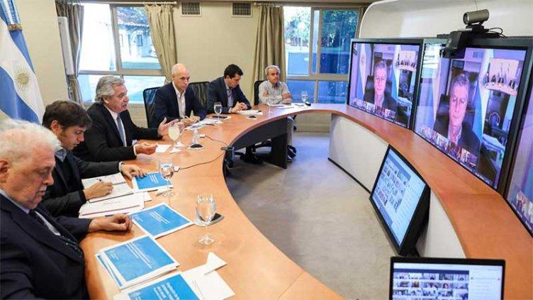 Fernández analizó con gobernadores la flexibilización de la cuarentena