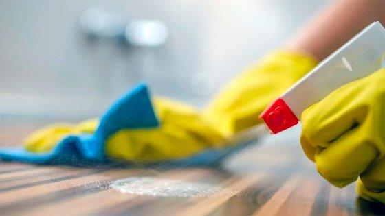 Afirman que muchas empleadas domésticas no cobran haberes o fueron cesanteadas