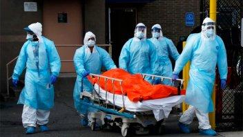 Estados Unidos registra más de 15.000 muertes por coronavirus