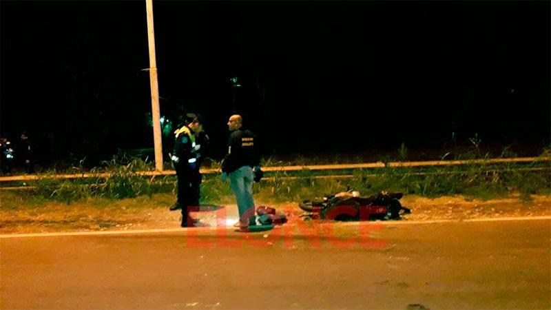 Robo, persecución y choque: un delincuente quedó herido y el otro se fugó