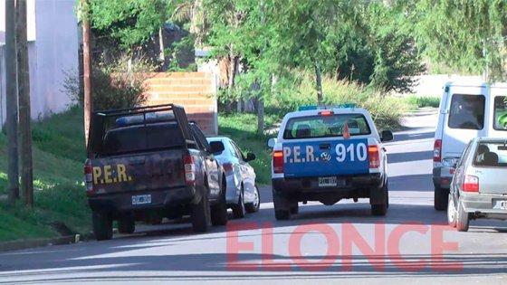 Allanamiento en barrio Paraná I: Secuestraron armas, drogas y hay dos detenidos