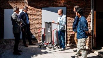 Bahl visitó a emprendedores que desarrollan equipos de desinfección del Covid-19
