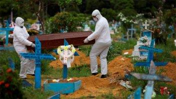 Brasil registró 141 muertes por coronavirus en las últimas 24 horas