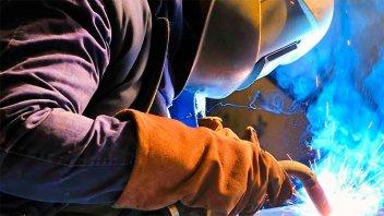 La UIA presentó al gobierno un plan productivo para reactivar la economía