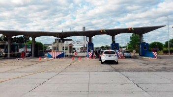 Gestionarán refuerzos de controles sanitarios en el Puente San Martín