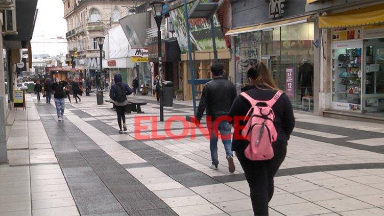 Se extiende una hora la atención al público en comercios de Paraná