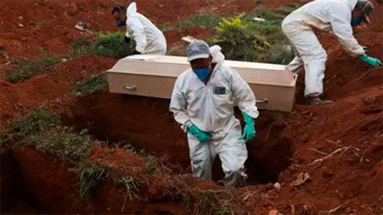 Brasil se acerca a los 350.000 casos de coronavirus y crece la preocupación
