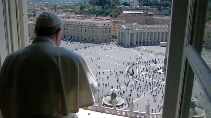 """El Papa Francisco pidió """"la victoria de la humanidad sobre la enfermedad"""""""