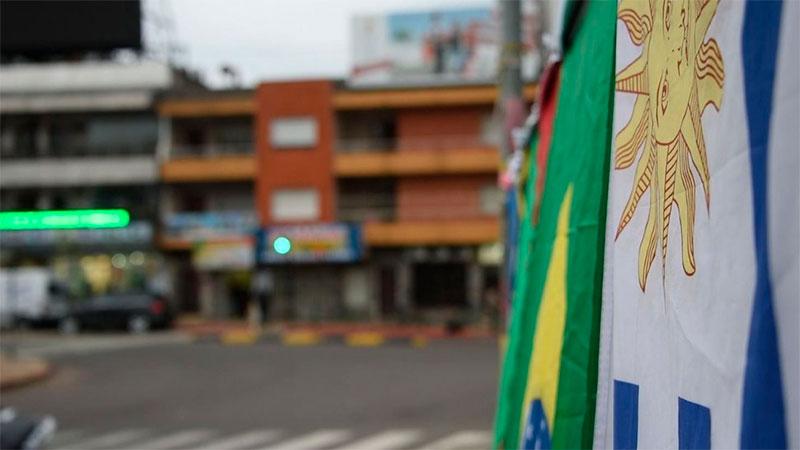 Alarma en Uruguay por brote de coronavirus en ciudad fronteriza con Brasil