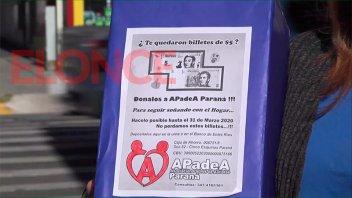 Para el hogar de día: APADEA colectó $10.400 gracias a los billetes de $5