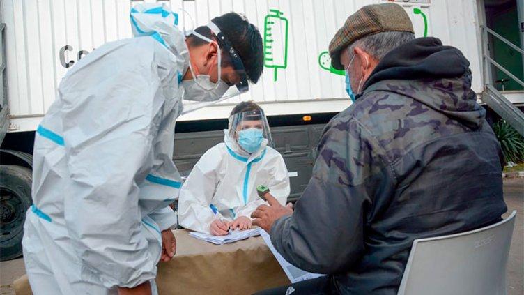 Confirmaron 717 nuevos casos de Covid 19 en el país: ascienden a 520 los muertos