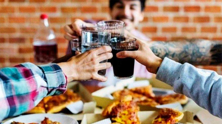 Habilitan reuniones familiares y otras actividades en Santa Fe y Rosario