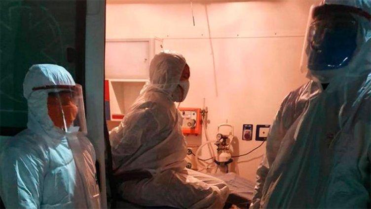 Mujer que tomó mate con paciente con Covid: Imputación, calles vacías e hisopado