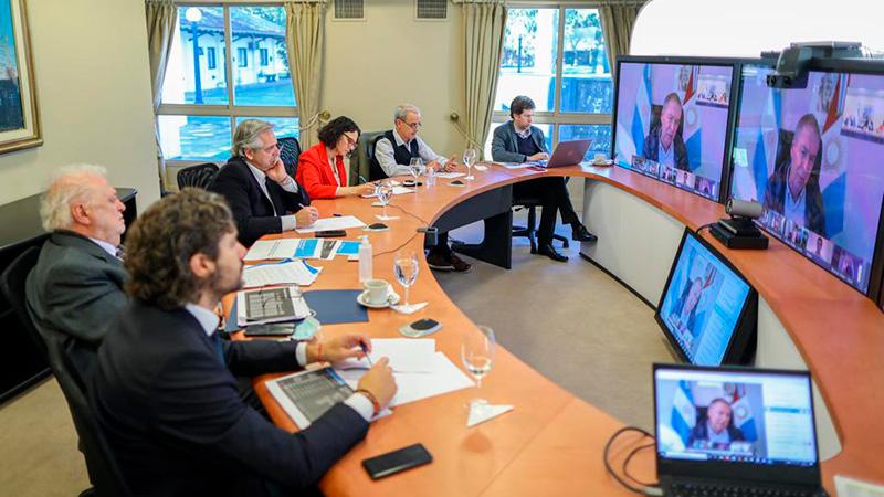 El Presidente dialoga con gobernadores sobre la nueva etapa de la cuarentena