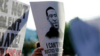 Abogados dan alegatos finales en EEUU en el juicio por la muerte de George Floyd