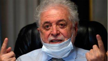González García cree que la curva de Covid-19 puede bajar