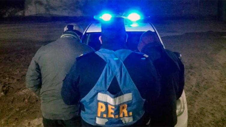 Asaltaron a mano armada dos comercios en Paraná, pero terminaron detenidos