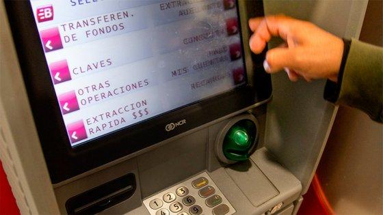 Ingreso Familiar de Emergencia: Establecieron la fecha límite para cargar la CBU