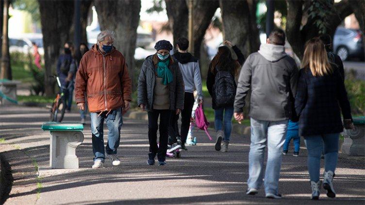 COVID en Argentina: Hubo 2590 nuevos casos y 44 muertes en las últimas 24 horas