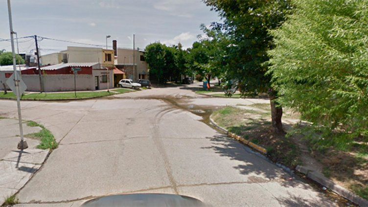 Joven motociclista murió tras chocar contra un árbol en barrio San Agustín