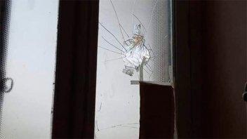 Rompieron de un piedrazo el vidrio en sala de atención de recién nacidos