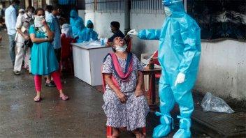 India se convirtió en el tercer país en el mundo con más casos de coronavirus