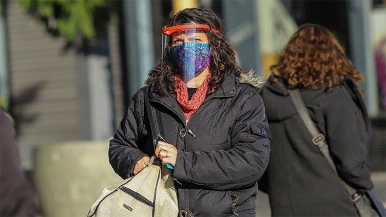 Covid-19 en Argentina: Más provincias limitan actividades y endurecen controles