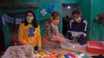 Comedor comunitario prepara 160 viandas para repartir en Puerto Sánchez