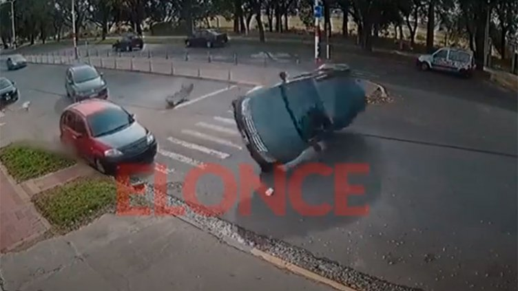 Video: Así ocurrió el tremendo accidente de calle Maciá