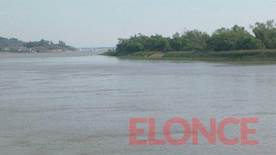 Amplían la zona de búsqueda del hombre que cayó al río Paraná