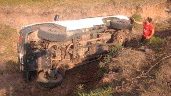 Camioneta volcó dos veces en menos de 24 horas