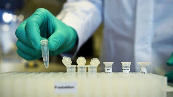Comenzó la vacunación contra el coronavirus en voluntarios argentinos