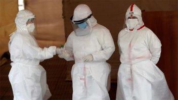 España registró 23.480 nuevos casos de covid y el total ya supera los 800.000