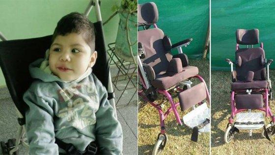 Valentino necesita una silla postural para mejorar su calidad de vida