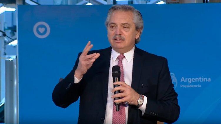 El Presidente llegaría este miércoles a Paraná, acompañado de ministros
